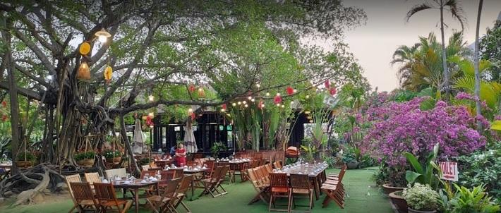 Nhà hàng ven sông Thủ Đức