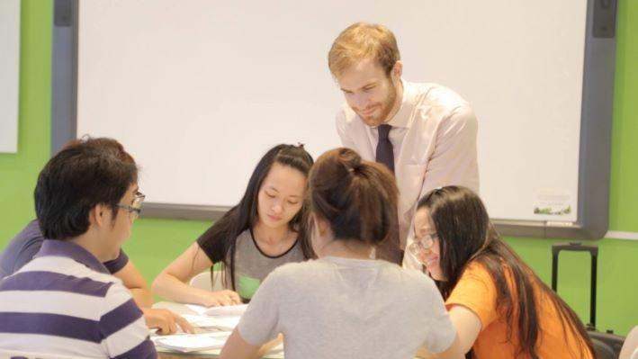 Học tiếng Anh với người nước ngoài tại Trung tâm Anh ngữ I can read – Quận 2