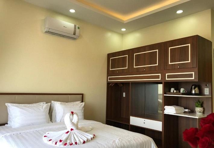 Khách sạn Song Long