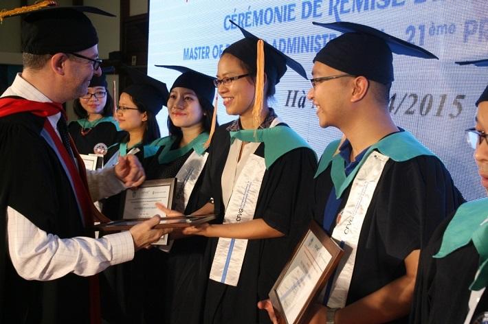 Học MBA tại TPHCM - Trung tâm Pháp Việt đào tạo về quản lý (CFVG)