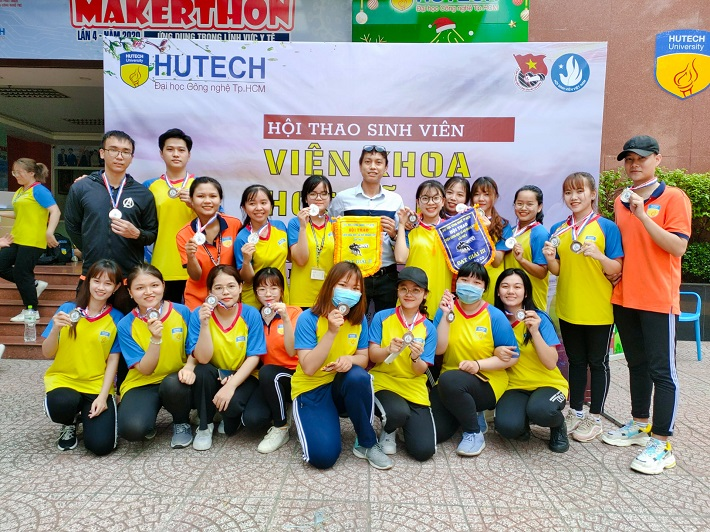 Trường đào tạo quản trị kinh doanh TPHCM - Đại học Công Nghệ