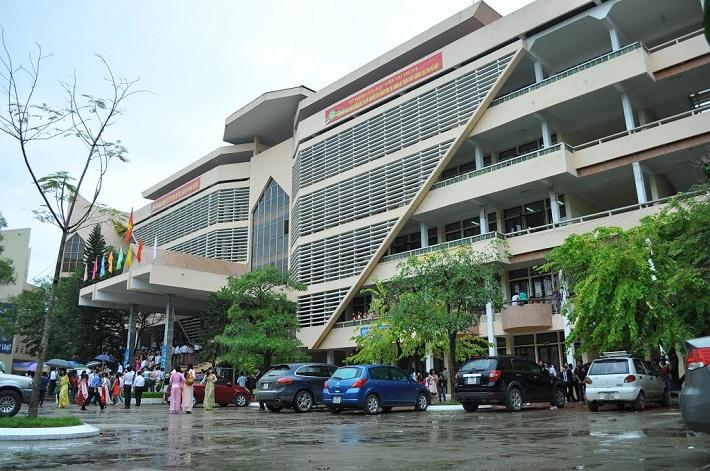 Trường đại học có ngành tài chính ngân hàng TPHCM - Học viện Tài Chính