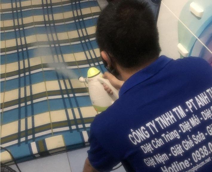 Giặt nệm tại nhà - Công ty vệ sinh Anh Thư