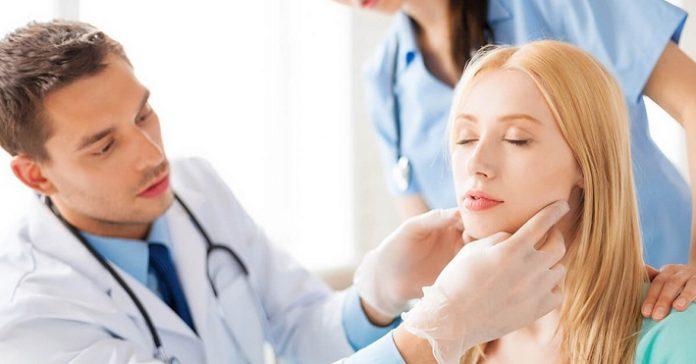 Bác sĩ trị mụn TPHCM