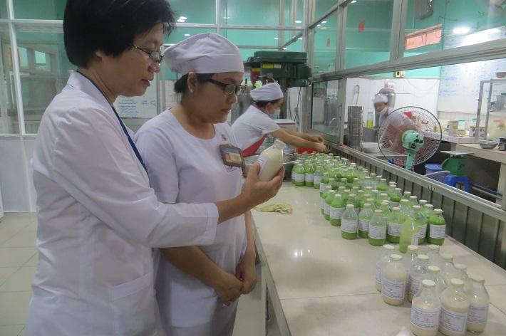 Bác sĩ dinh dưỡng giỏi ở TPHCM - PGS.TS.BS. Tạ Thị Tuyết Mai