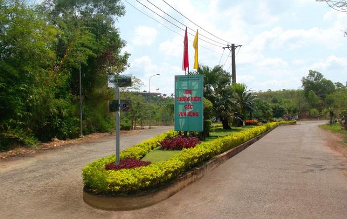 Địa chỉ bán chậu cây cảnh ở TPHCM - Công Ty CP Cảnh Quan Xanh