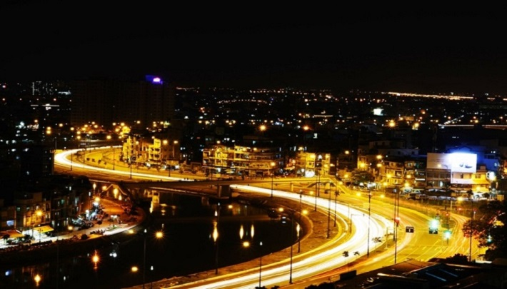 Địa điểm đi chơi ở sài gòn về đêm - Đại lộ Đông Tây