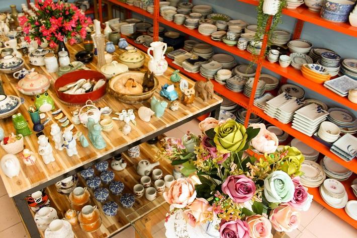 Cửa hàng gốm sứ TPHCM - Chuông Xanh Store