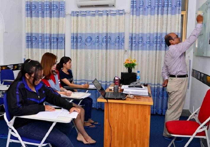 Giáo viên dạy IELTS ở TPHCM - Thầy Dũng