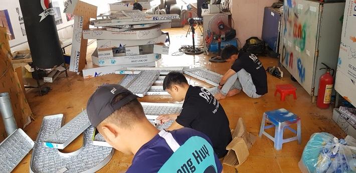 Công Ty TNHH TM-DV-SX Quảng Cáo Đăng Quang
