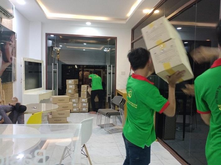 Dịch vụ chuyển nhà Quận 7 - SG moving