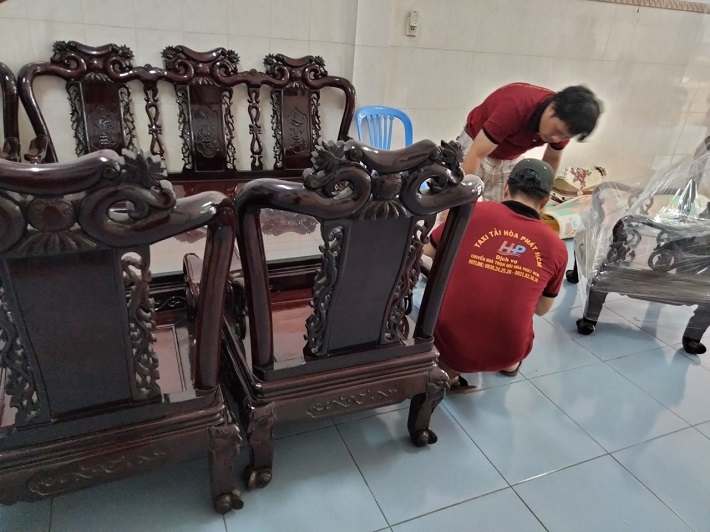 Dịch vụ chuyển nhà Bình Tân - Taxi Tải Hòa Phát