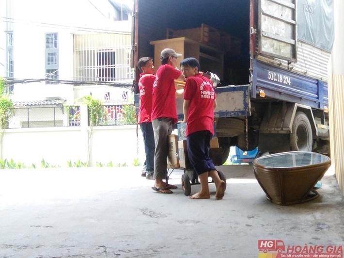 Dịch vụ chuyển nhà Gò Vấp - Công Ty chuyển nhà Hoàng Gia