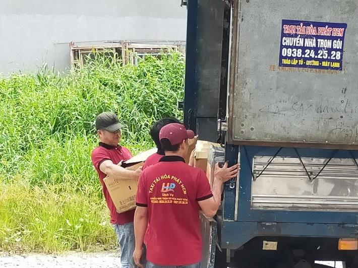 Dịch vụ chuyển nhà Tân Bình - Taxi tải Hòa Phát