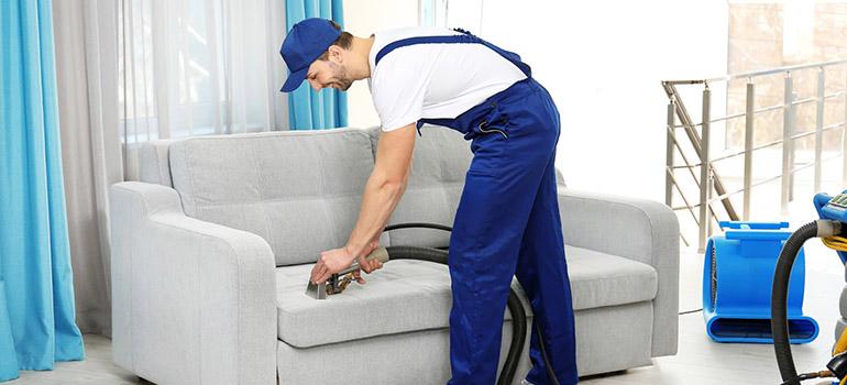Công Ty Vệ sinh công nghiệp Bảo Linh (Hình minh họa)   Nguồn từ trang dienmayxanh.com