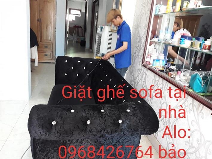 Giặt sofa tại nhà Quận Bình Tân - Dịch vụ giặt ghế sofa 5 SẠCH   Nguồn từ trang vesinh5s.com