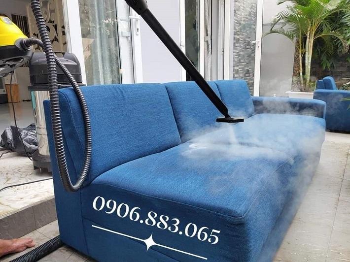 Giặt sofa tại nhà Quận Bình Tân - Công Ty vệ sinh công nghiệp Phạm Gia   Nguồn từ trang dichvugiatghesofa.net