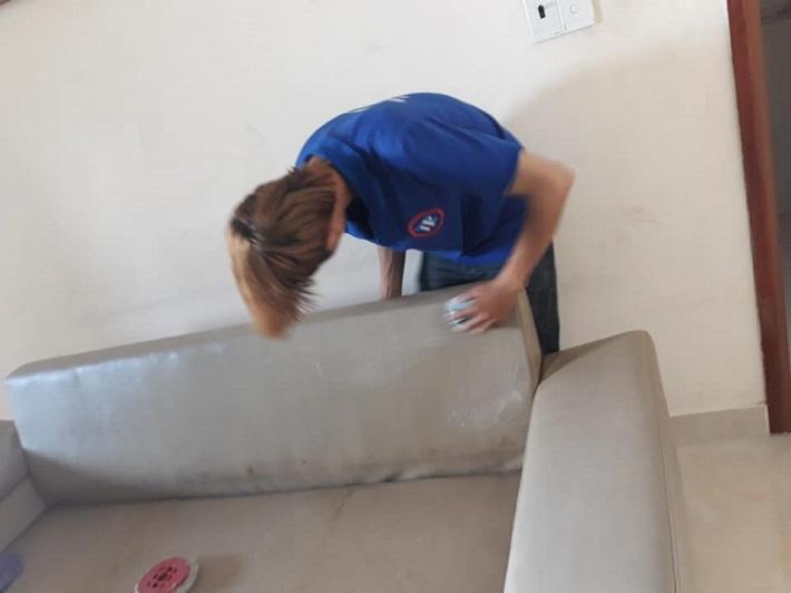 Giặt sofa tại nhà Gò Vấp - 5 SẠCH   Nguồn từ trang vesinh5s.com