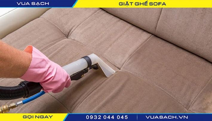 Giặt sofa tại nhà Gò Vấp - Vua Sạch   Nguồn từ trang vuasach.vn