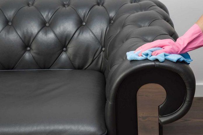 Giặt sofa tại nhà Phú Nhuận