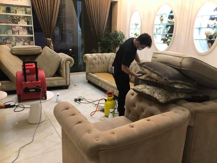 Dịch vụ giặt ghế sofa Lê Quân   Nguồn từ trang vesinhlequan.com
