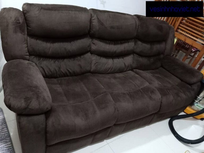 Giặt sofa tại nhà Quận Tân Bình - GIDIVI   Nguồn từ trang vesinhnhaviet.net